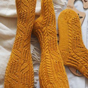 podkolanówki GARDA, skarpety wełniane, skarpety na drutach, ręcznie robione, skarpety wełniane